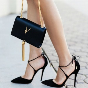 2017-Summer-Style-women-s-Lace-Up-high-heels-Pointed-Toe-Bandage-Stiletto-sandals-celebrity-ladies